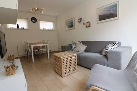 Luxurious Beachhouse nearby the beach and dunes - Egmond aan Zee - Kabin