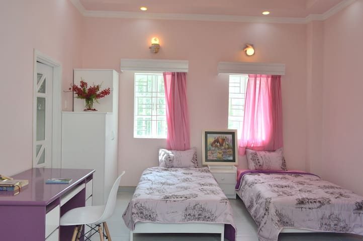 Bright, cozy flat in Sai Gon