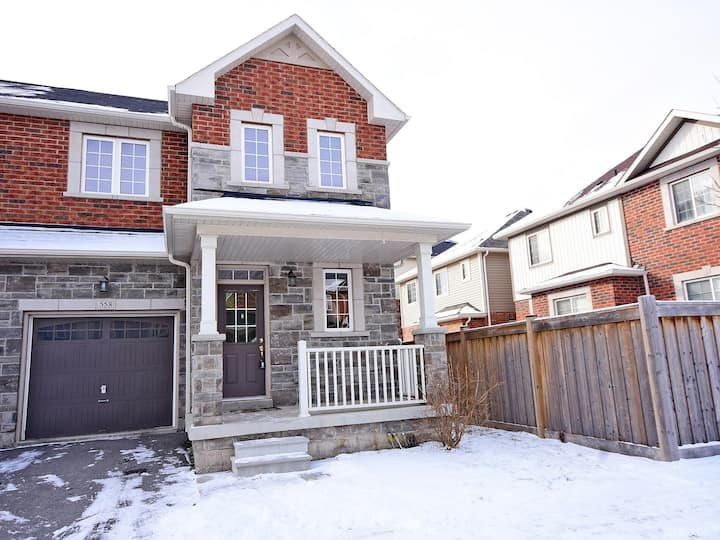 Modern 3 BR Great for Comfortable Long Stays!