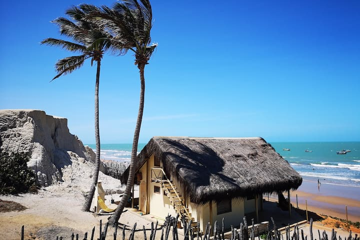 Exclusive beach house near Canoa Quebrada