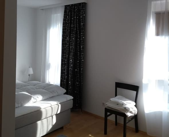 Your home in Vienna | bright room with U4 +Parking