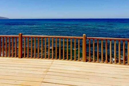 La maison sur l'eau oran plage Club de plongée