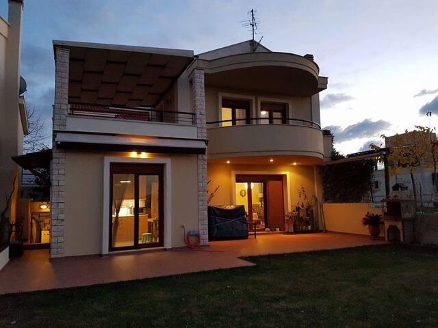 Hill summer villa - Elani - House