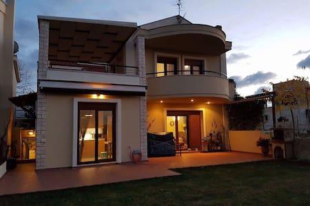 Natassa's summer house - Elani