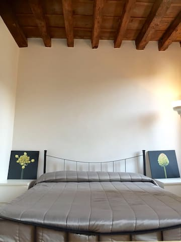 DOUBLE ROOM WITH A PRIVATE BATHROOM - Venedig - Wohnung