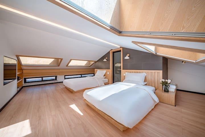 歇云•山下—日式套房双床1.2米