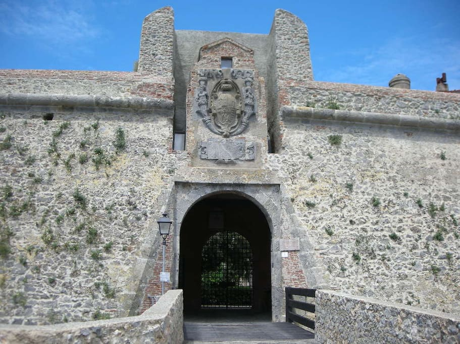 entrance at castle
