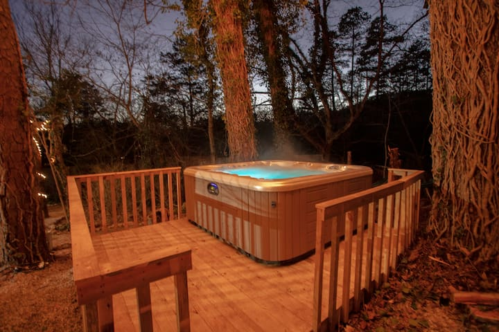12 Hot Springs Cabins With Hot Tub Updated 2021 Trip101