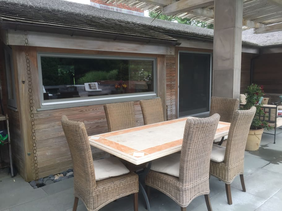 Covered Outdoor Dining and Living Area