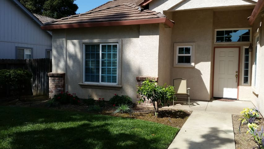 Great house for Medical & All Travelers! - Yuba City - Casa