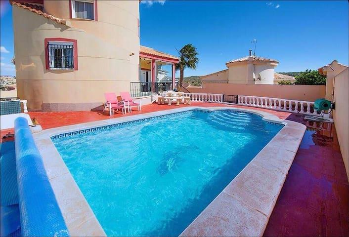 Spectacular Luxury Spanish Villa