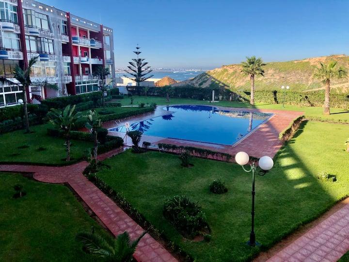 La Siesta Bel appartement bord de mer avec piscine