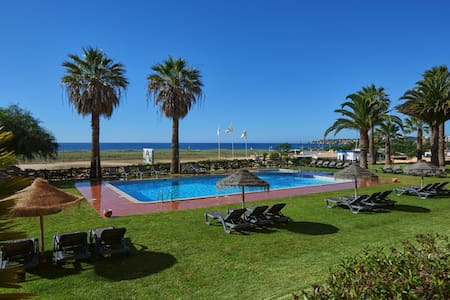 Meia Praia Beach Club - Dom Pedro Hotels - Lagos