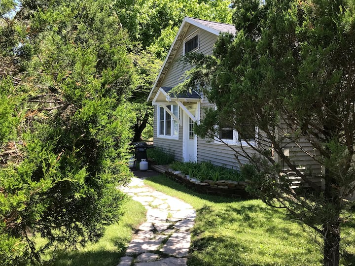 Family Cottage Across from Warren Dunes