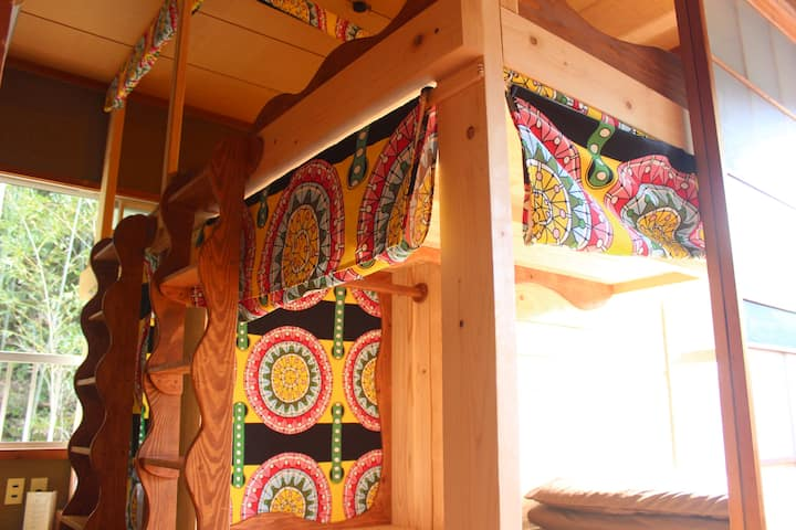 【Female Only Dormitory for 3 person】with Wi-Fi