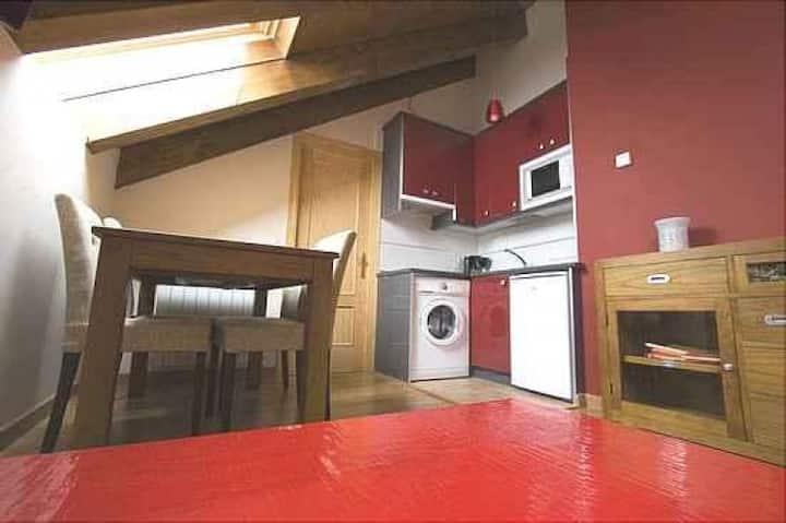 Casa Cañardo de Orós Alto - Abuhardillado 1 habitación