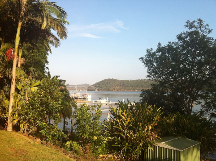 Ferryview is just a short stroll from the ferry wharf