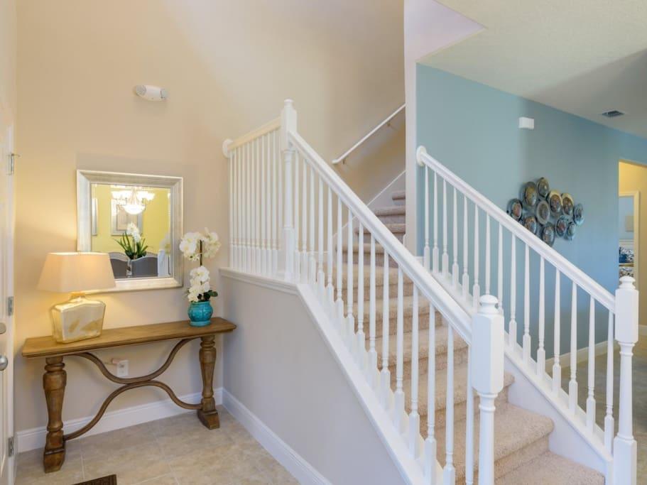 Banister,Handrail,Room,Furniture,Bathroom