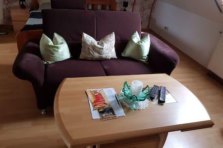 1-Raum Wohnung mit Küche und Bad