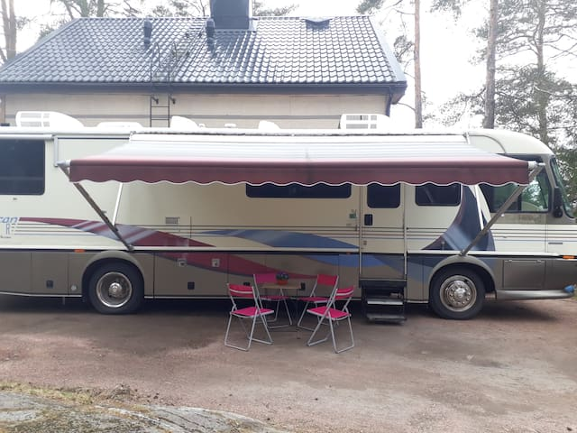 Unique American made big caravan 30km from Turku.