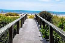 5 minutes walk to quiet beach. Beautiful walkway.