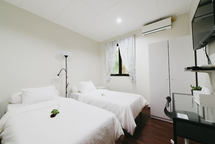 Cozy Private Room in Downtown Jakarta
