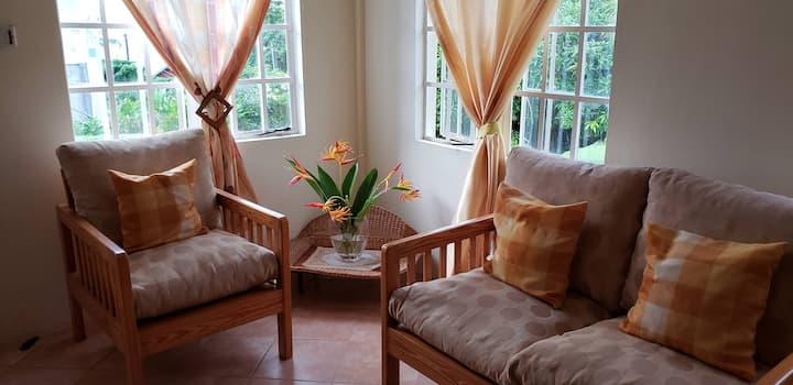 Charming apartment in quiet neighborhood