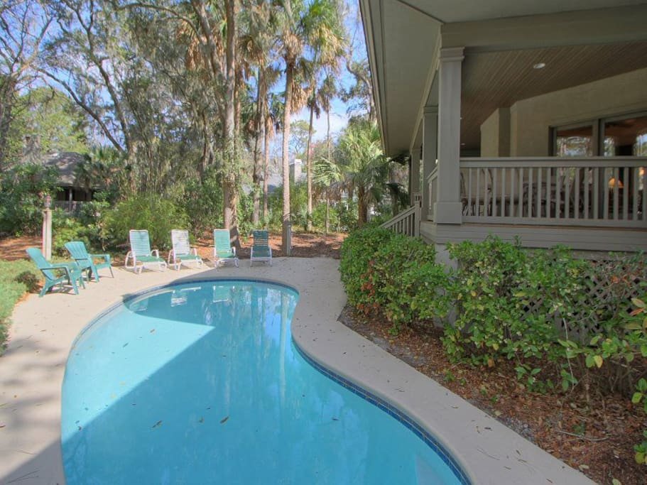 Quiet and Private Pool Area at 8 Cottage Court
