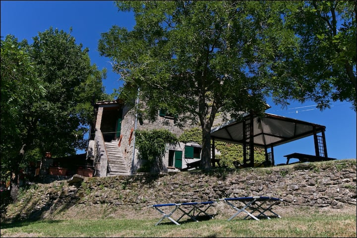 Cosy Holiday Home in Gubbio with Swimming Pool