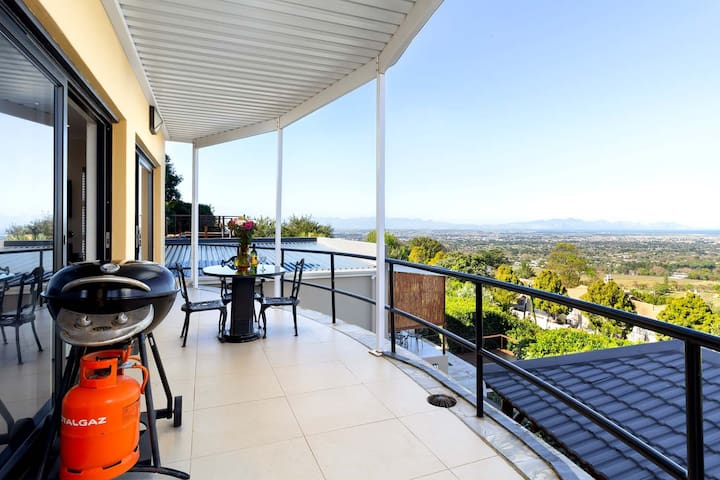 Constantia Vista: The Vista Apartment