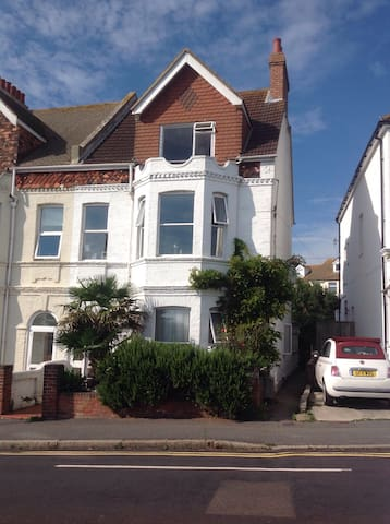 Double room with sea views. - Folkestone - House