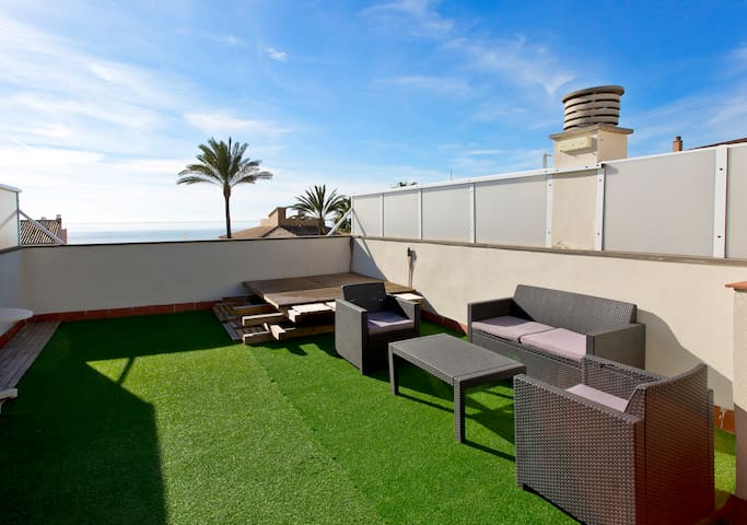 Cozy apartment with beach views, bbq and parking. - Palma - Leilighet