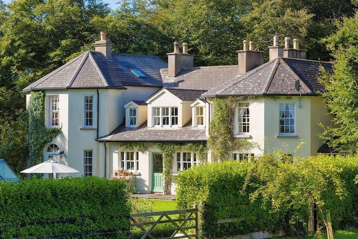 Ballyrane House Estate, Rosslare Strand, Co. Wexford - Large Luxury Rental Sleeps 10
