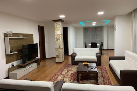 Villa Palermo 4 - Luxury Apartment for 7