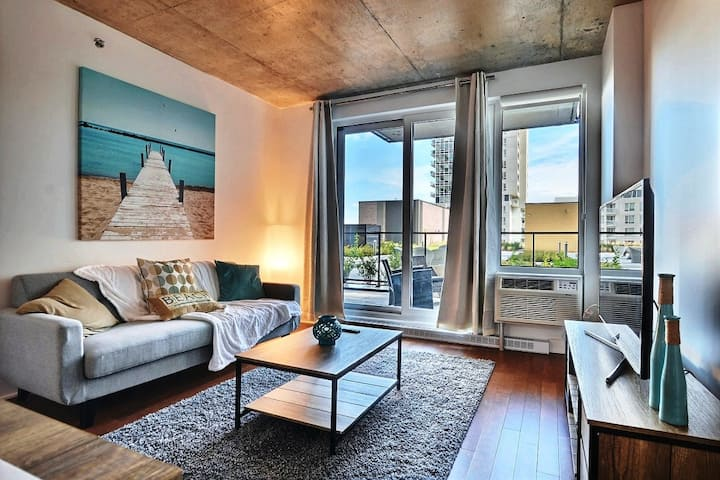 #303 Stunning with Large Balcony Downtown West