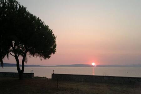 2 Υ/Δ, Διαμέρισμα, Μπροστά στην θάλασσα Ακτή Σαλονικίου - Akti Salonikiou