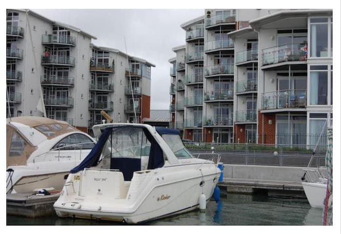 Panoramic Harbour Sea View 1 bed - Cowes - Huoneisto