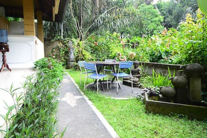 Cozzy Large place!! 2bedroom with jungle view Ubud