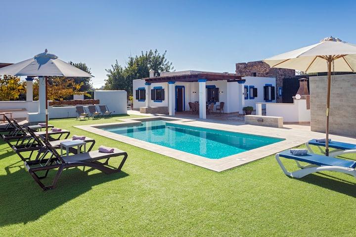 Villa Es Canar -Santa Eularia des Riu, Ibiza