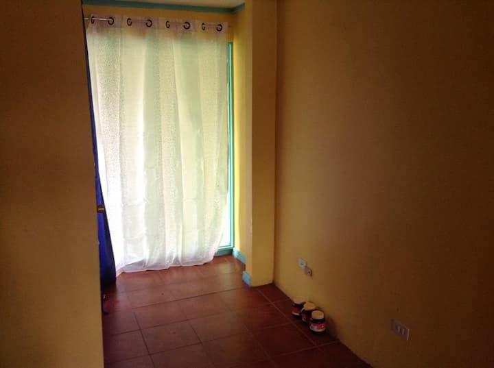 Habitación Individual, en Sabanilla.