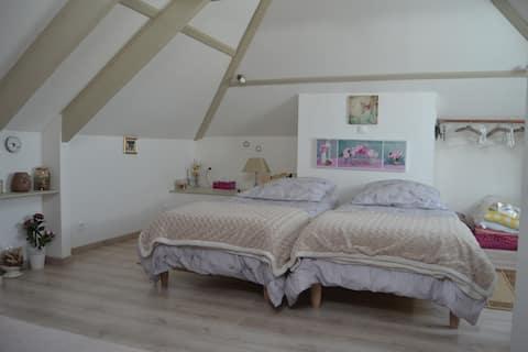 Chambre, sdb wc cuisine privés/jardin/terrasse