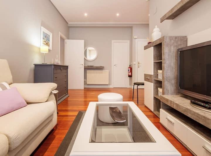 Prestancia apartament by the urban hosts