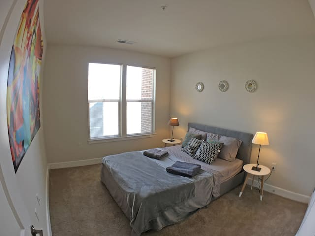 SUPER CLEAN, COZY AND IN THE MIDDLE OF THE DC! - Washington - Apartment