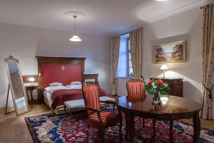 Schloss Hotel Gerzen Suite Marie