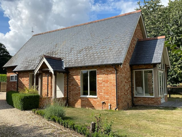 Bartley House Barn, Self Contained, Rural