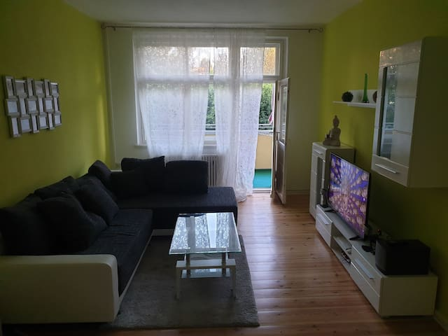 Appartment in Neukölln/ Ruhige Lage/ Balkon /WLAN