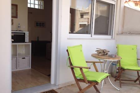 Little flat-Acropolis view veranda! - Guesthouse