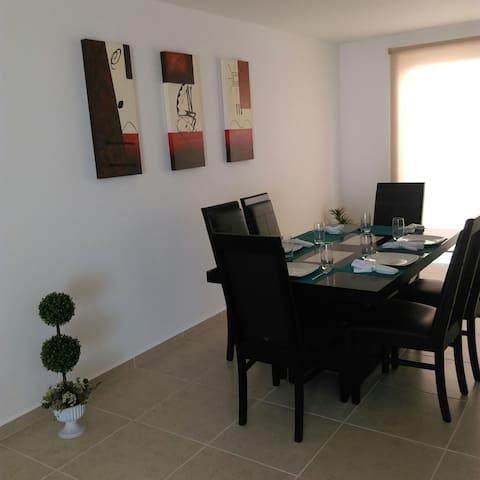 Confortable y bien ubicada - León - Ev