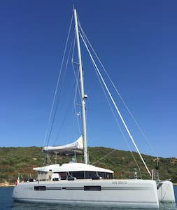 Sail Catamaran BE HAPPY - Castellammare di Stabia