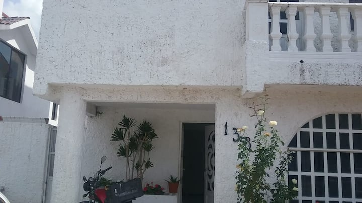 Hermoso Residencial Privado, Jardines, canchas etc